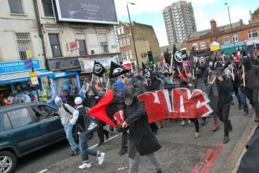 marching-bloc