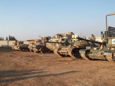 YPG/YPJ armour being serviced pre-operation.